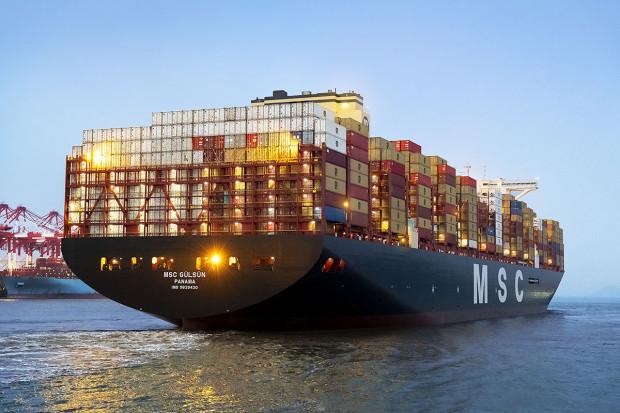 Największy kontenerowiec świata w piątek zawinie do Gdańska