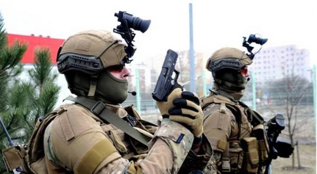 Indywidualny sprzęt optoelektroniczny polskich żołnierzy jest produkcji PCO, fot. Bumar