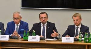 Raport komisji śledczej ds. VAT: Polska zieloną wyspą dla oszustów podatkowych