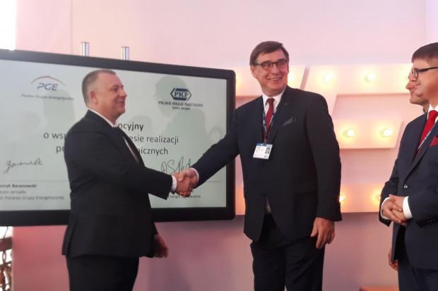 PGE będzie budować instalacje fotowoltaiczne na gruntach PKP