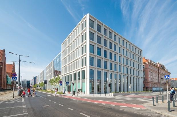 Skanska sprzedaje budynki biurowe we Wrocławiu i Krakowie