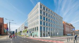 Skanska sprzedaje trzy biurowce w Polsce za ponad 200 mln euro