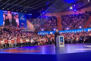 PiS przedstawia program: płaca 4 tys. zł i nowe fundusze