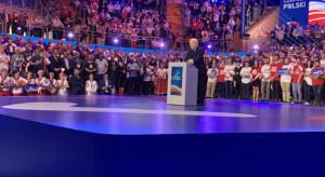 Wyższa płaca minimalna. Prezes PiS odpiera słowa krytyki