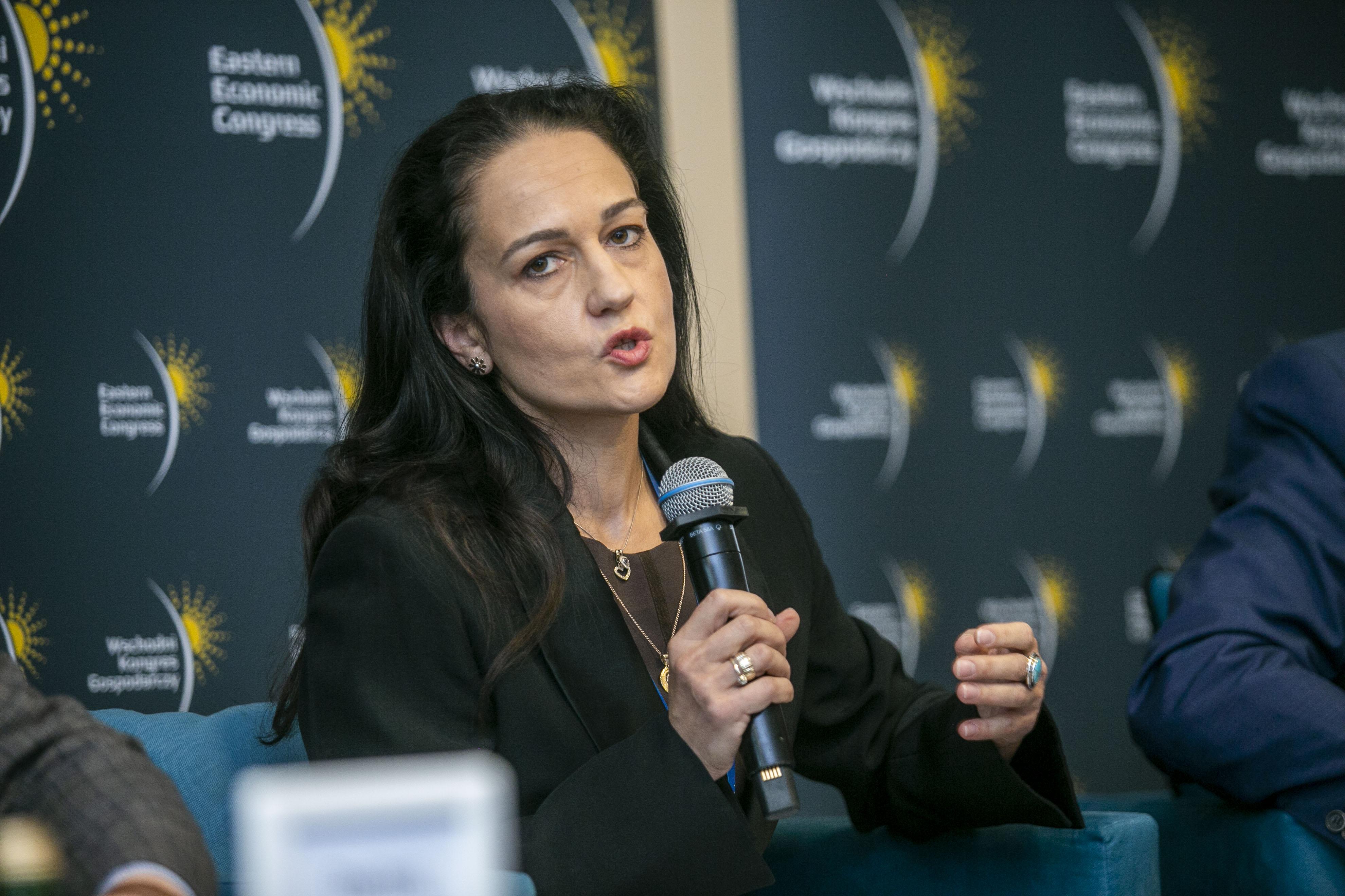 Katarzyna Czerewacz-Filipowicz, doktor z Wydziału Inżynierii Zarządzania Politechniki Białostockiej