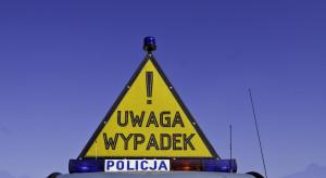 Wypadek autokaru pod Kętrzynem. Wśród poszkodowanych dzieci i młodzież