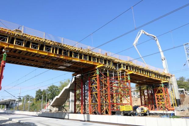 Kolejowa inwestycja ważna dla mieszkańców stolicy bliska finalizacji
