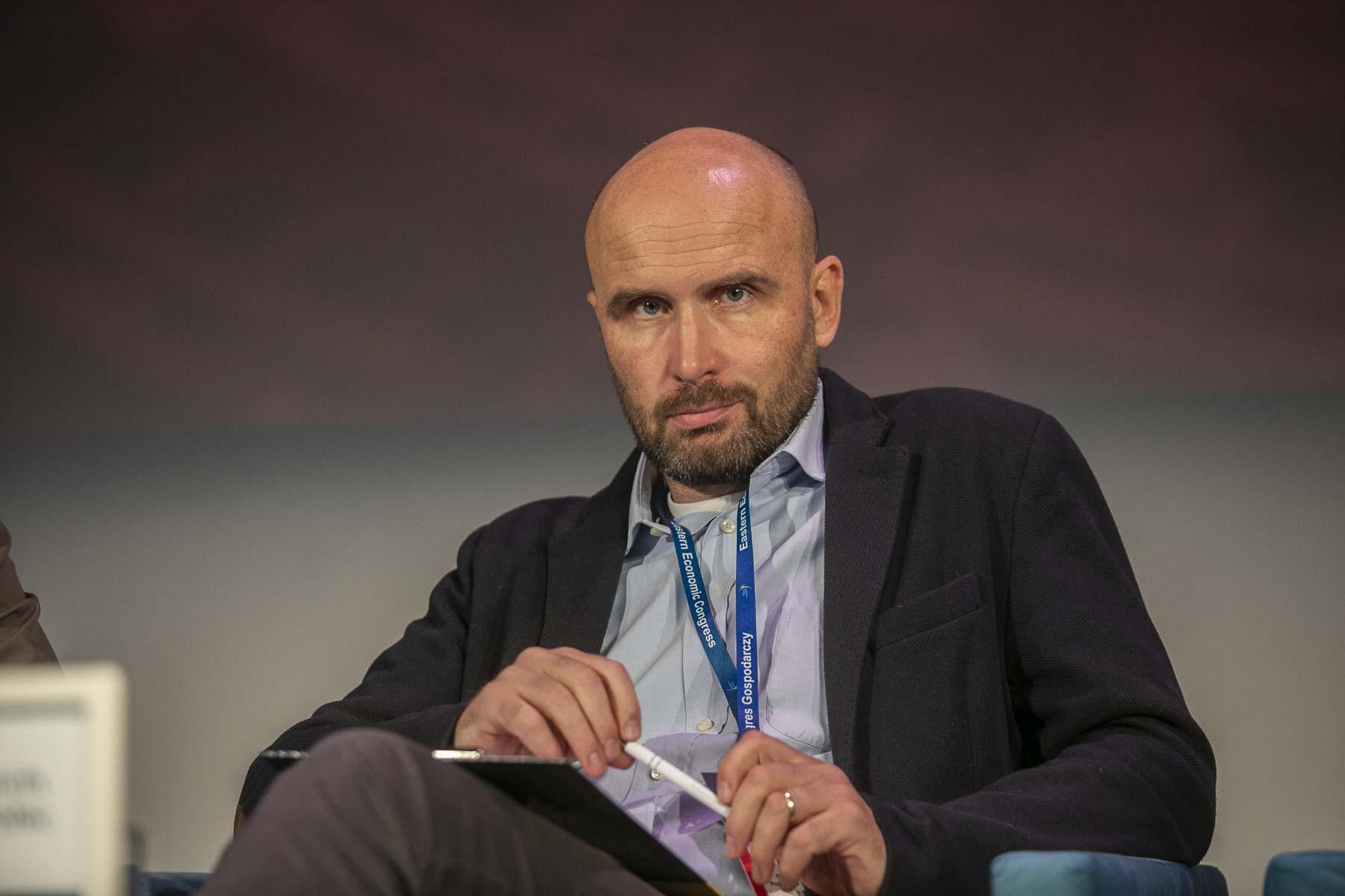 Marcin Korolec z uwagą przygląda się deklaracjom Ursuli von der Leyen (fot. PTWP)