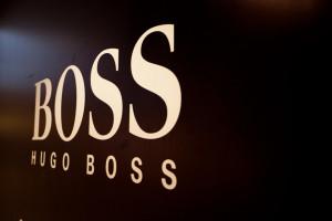 Sytuacja w Hongkongu bije w wyniki Hugo Bossa