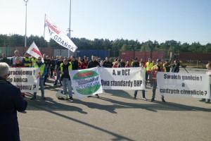 Protest pracowników DCT Gdańsk. Chcą egzaminów z polskiego dla Ukraińców
