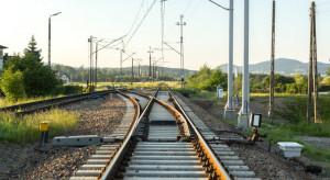 O 244 mniej wąskich gardeł na liniach kolejowych