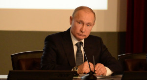Władimir Putin gości szefów państw z niemal całej Afryki