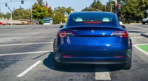 Mimo spowolnienia chińskiego rynku Tesla radzi sobie całkiem nieźle