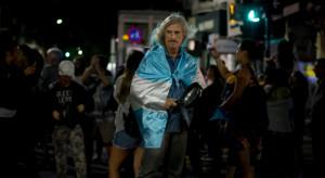 Ogarnięta kryzysem Argentyna wybiera prezydenta