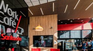 Bank, kawiarnia, miejsce pracy. Placówki bankowe zmieniają się nie do poznania