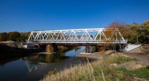 Nowy most kolejowy na południu Polski zapewni sprawniejszy przewóz towarów [WIDEO]
