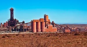 """ArcelorMittal zamyka hutę, mimo że produkuje stosunkowo """"czystą"""" ekologicznie stal"""