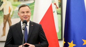 Andrzej Duda chce zlikwidować VAT od biletów kolejowych