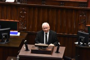 PiS odpuszcza swój kluczowy projekt. Rośnie ryzyko deficytu budżetowego