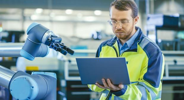 Liczba wdrożeń robotów ma skokowo wzrosnąć dzięki MŚP
