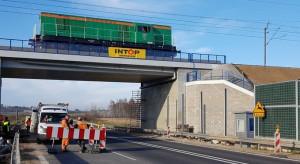 Pociągi mają pojechać z prędkością 250 km/h. Trasę testuje potężna lokomotywa