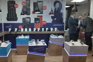 Polski producent telefonów idzie elektromobilność