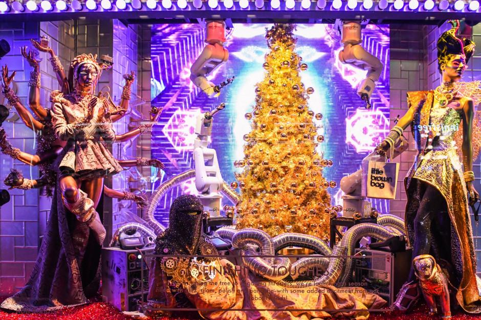 Zobacz świąteczny show robotów