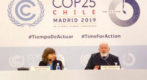 Timmermans: UE nie zawaha się chronić swego przemysłu podatkiem węglowym