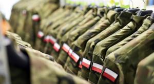 Wojsko odebrało mundury za 80 mln zł