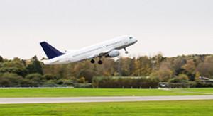 Linie lotnicze walczą z emisjami CO2