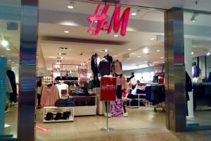 Czarny piątek odbił się na wynikach H&M
