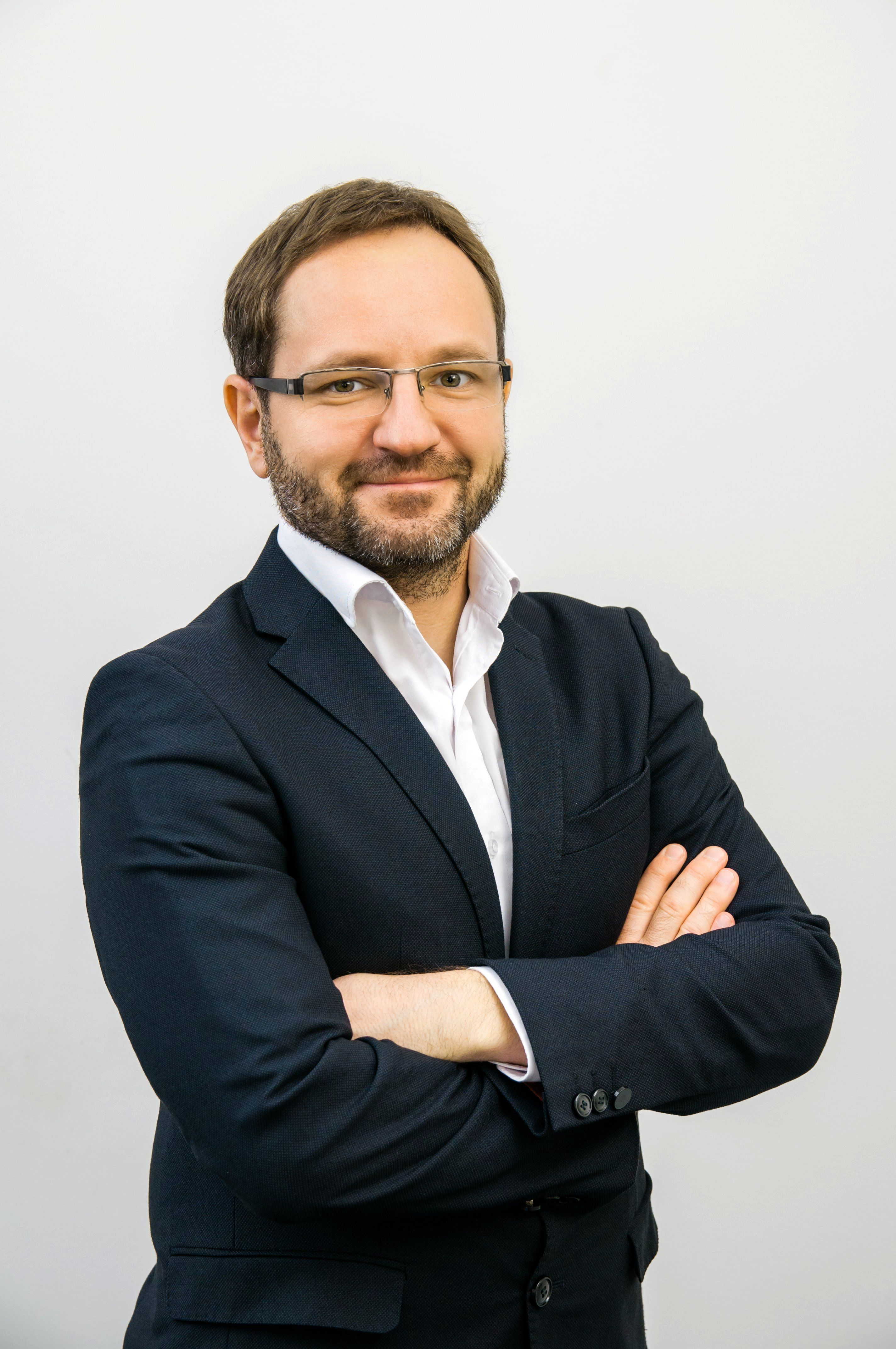 Karol Sudnik ocenia, że należy zwracać uwagę na wszystkie technologie związane z automatyzacją oraz robotyzacją procesów biznesowych.