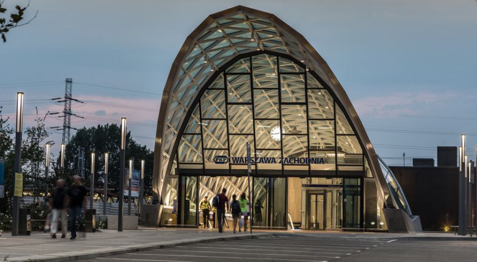 Warszawa Zachodnia: dobry przykład koegzystencji dworca autobusowego i kolejowego