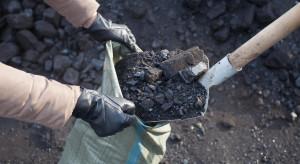 """Ciepła zima uderza w sprzedawców węgla. """"Rynek trzeba będzie odbudować"""""""