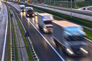 Od piątku zakaz wjazdu ciężarówek do Słowacji