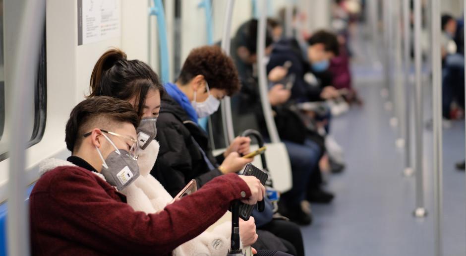 Chiny: W Wuhanie po dziewięciu tygodniach ruszył transport publiczny