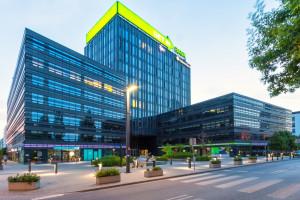 Giełdowy deweloper sprzedał sztandarowy biurowiec za ponad 100 mln euro