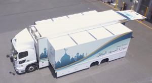 Japońska firma zmieniła ciężarówkę w mobilny meczet