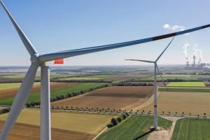 Największy polski producent energii zaciska pasa i tnie część wydatków