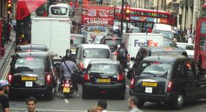 Sprzedaż nowych pojazdów znacznie spadła w Wielkiej Brytanii
