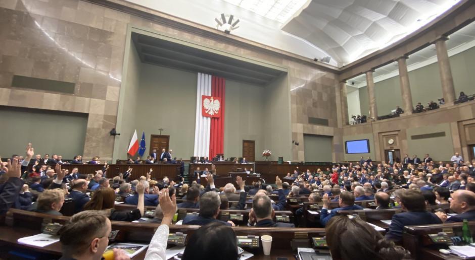 Sejm przyjął budżet na 2020 rok. Tak głosowali posłowie