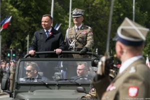 PiS: Prezydent doskonale doglądał armii. Opozycja: stracone 5 lat. Oto ich argumenty