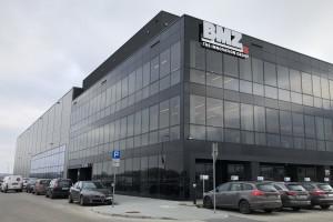 Rośnie biznes największego w Polsce producenta baterii litowo-jonowych