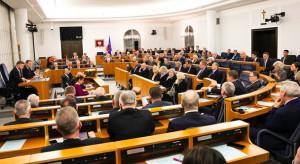95 poprawek senatorów do budżetu na 2020 r.