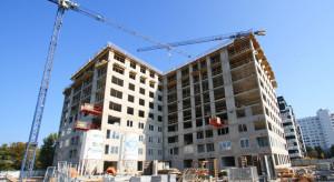 Konsolidacja, restrukturyzacja czy sprzedaż? Niepewny los giełdowej firmy budowlanej