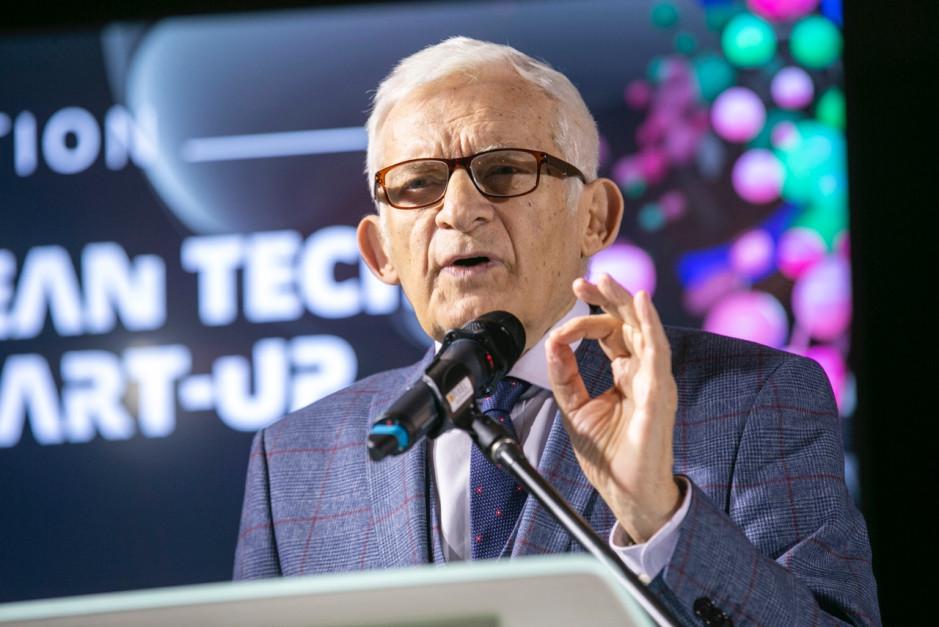 Jerzy Buzek, poseł do Parlamentu Europejskiego. Fot. PTWP