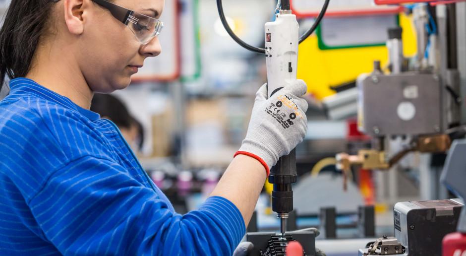 Produkcja baterii do respiratorów zwiększona o połowę. Polska firma na antywirusowym froncie