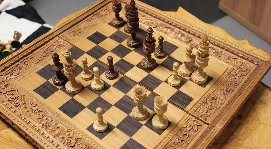Z powodu koronawirusa szachiści uciekają do internetu