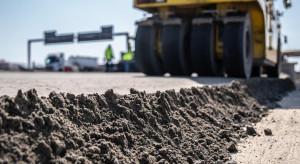 Budimex i Strabag wkrótce zaczną układać nawierzchnię na autostradzie A1