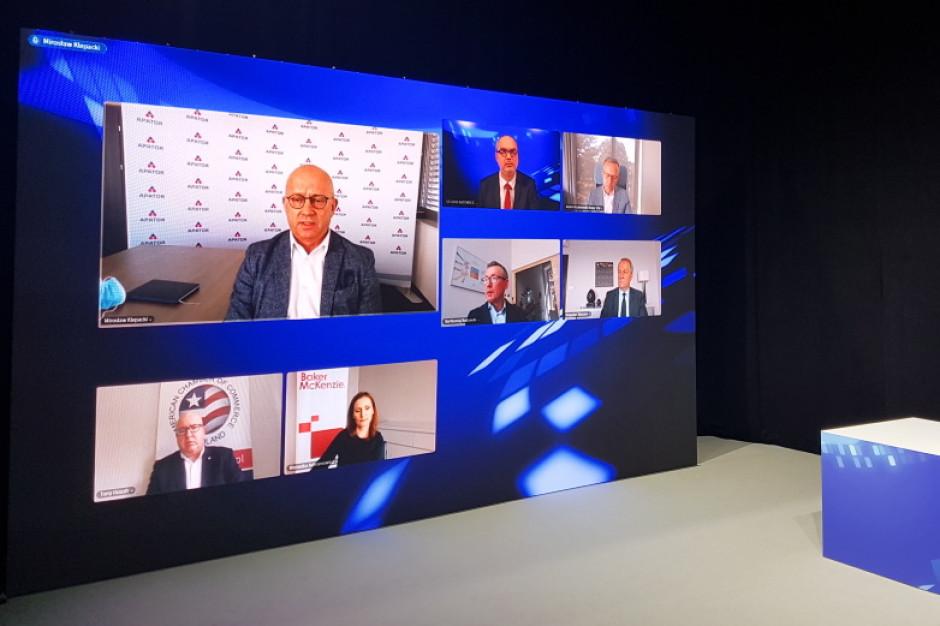 Debata EEC Online  z udziałem przedstawicieli firm. Fot. PTWP